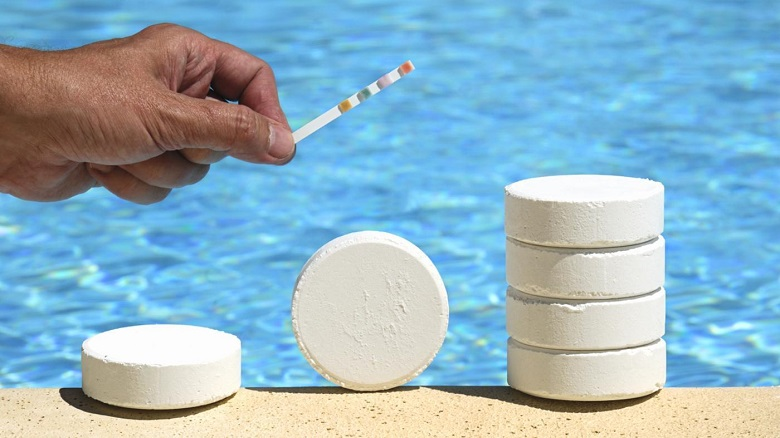 pool-chlorine-tablets