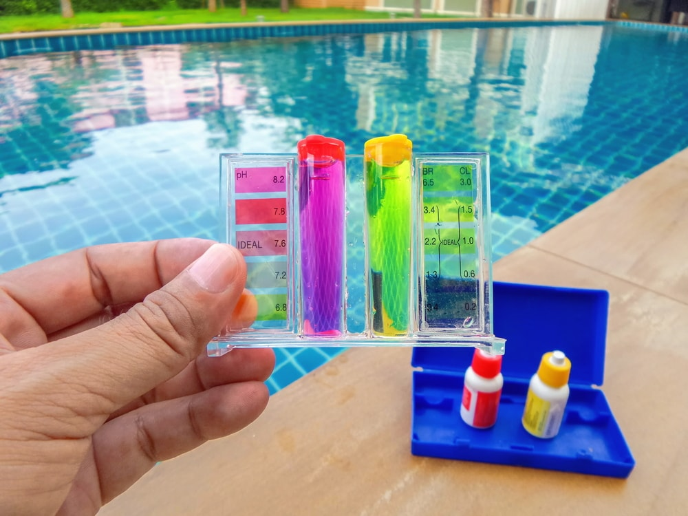 The 10 best pool test kits reviews 2018 buying guide pool test kit solutioingenieria Choice Image