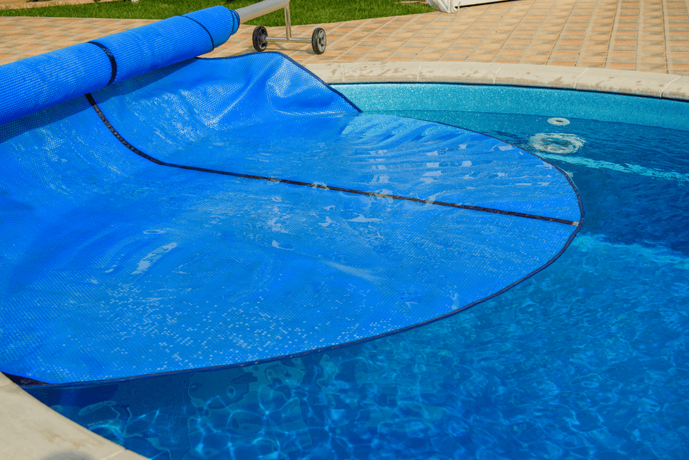 The 7 Best Solar Pool Cover 2019 Reviews | Thickness, Inground Pool