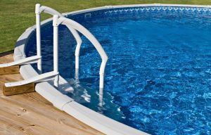 An Absolute Dummy's Guide to Choosing the Best Above Ground Pool Ladder