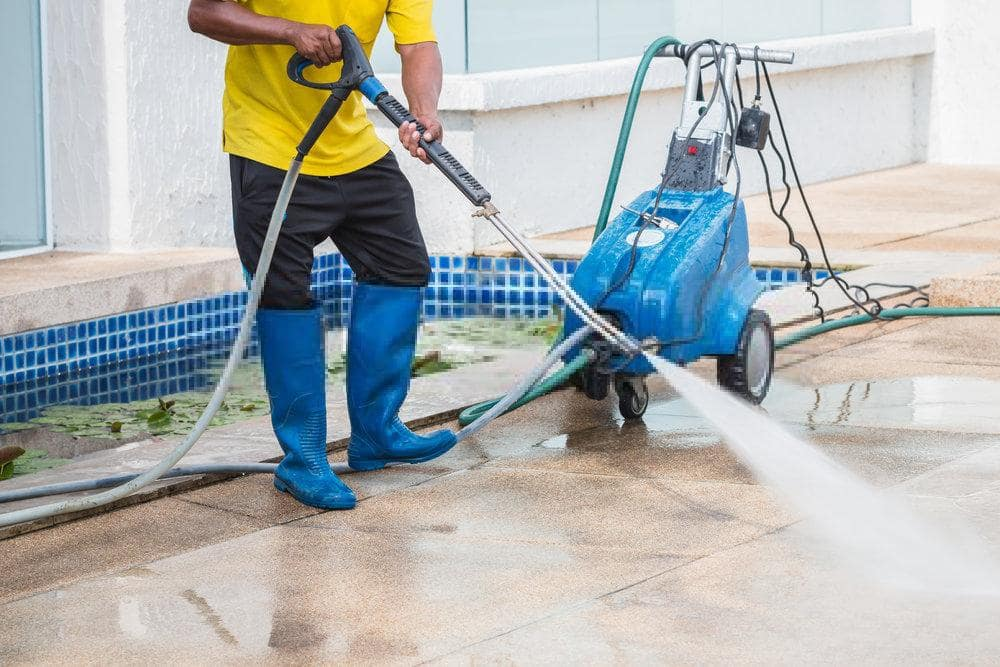 Pressure Washers for Cleaning Concrete