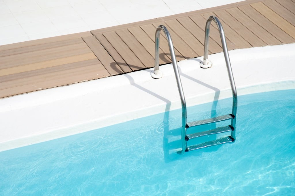 in ground pool ladders